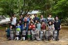 ◆和歌山県紀の川市で「ロケットストーブづくり」が行われました。当NPOからも参加しました。小さなドラム缶で作るストーブは、枯れ枝少しで勢いよく燃える優れもの。里山の保全にも繋がりますね。
