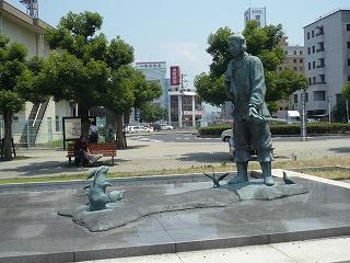 鳥取駅前「因幡の白兎」銅像