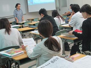 佐賀県西九州大学で「逸村逸品」の話