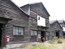 革工場建物